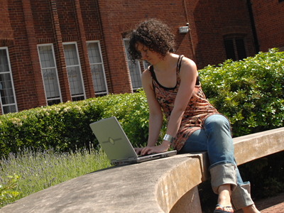 student-outside-on-pc-for-sussed