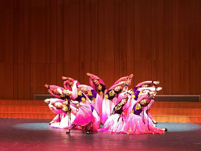 Members of the Xiamen Art Troupe performing